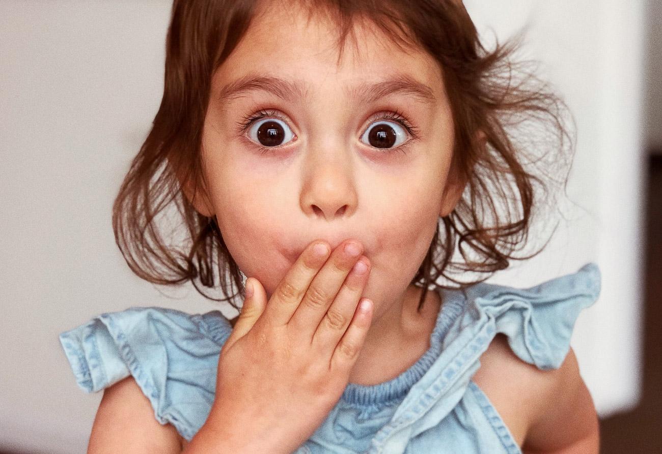 Moje dwujęzyczne dziecko ma opóźniony rozwój mowy. Co mogę z tym zrobić?